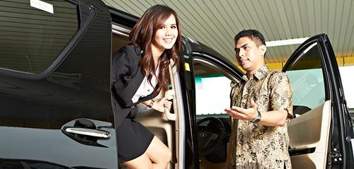 Huur een auto met chaffeur in Indonesië