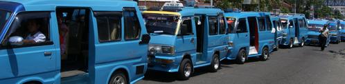 Mikrolet het minibusje