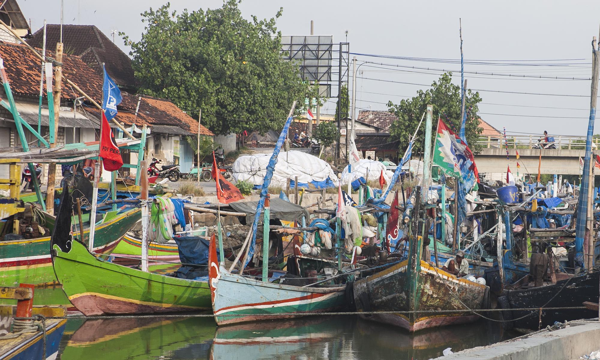 Tijdens onze reis van Surabaya naar Jakarta deden wij dit vissersdorp aan. Een mooi stukje Indonesië